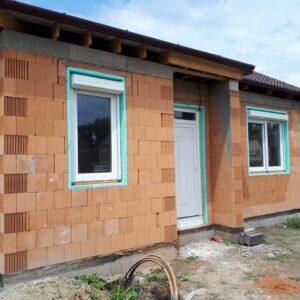 Ásványráró családi ház